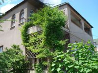two-storied house for sale 220 sq. m., 14 hundred parts Belyayevka