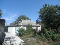 three-room house for sale 50 sq. m., 15 hundred parts Obukhov