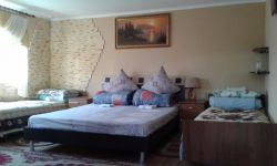 three-room apartment for daily rent Kamyanets-Podilskyy