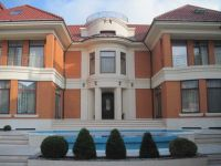 two-storied house for sale 1000 sq. m., 16 hundred parts Odessa