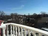 three-storied house for sale 1200 sq. m., 18 hundred parts Odessa