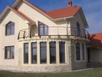 three-storied house for sale 390 sq. m., 11.5 hundred parts Odessa