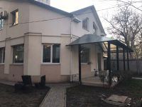 three-storied house for sale 362 sq. m., 2.5 hundred parts Odessa