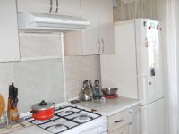 three-room apartment for sale Yuzhnyy