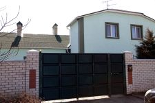 multi-room house for sale 312 sq. m., 10 hundred parts Odessa