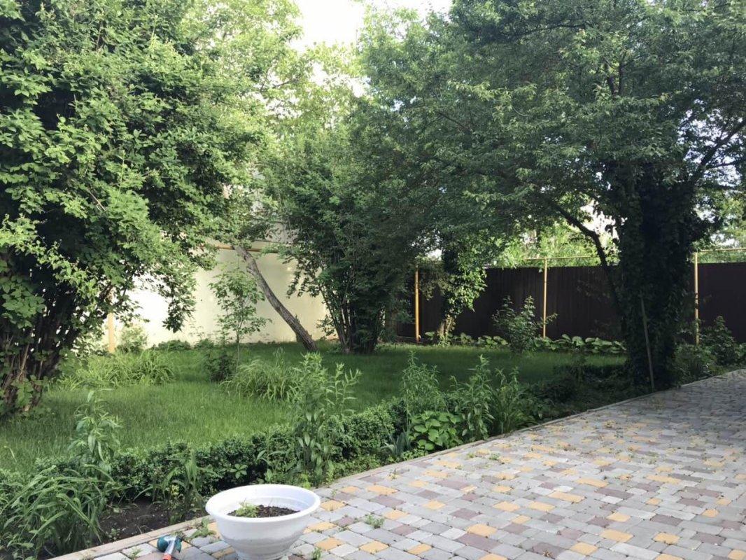 одесса, дачная 5, аренда трёхкомнатного дома долгосрочно, район киевский...