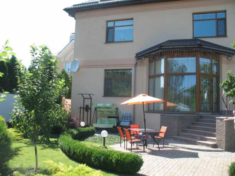 черкассы, крещатик, продажа трёхэтажного дома 375 кв. м., 10 соток, район казбет...