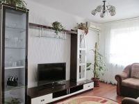 four-room house for sale 90 sq. m., 8 hundred parts Berdyansk