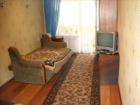 three-room apartment for daily rent Berdyansk