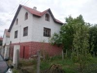 of three-room house for long rent Kozin