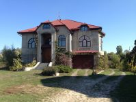 three-storied house for sale 650 sq. m., 12 hundred parts Odessa